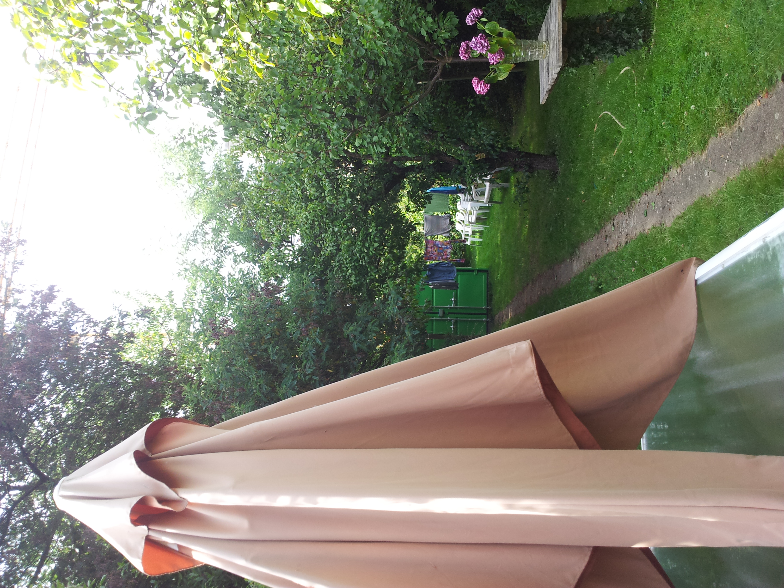 cache vis a vis jardin pas cher cache vis a vis jardin. Black Bedroom Furniture Sets. Home Design Ideas