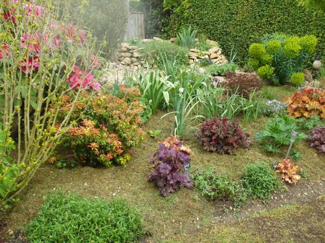 Beautiful image jardin d ornement photos design trends for Entretien jardin gujan mestras